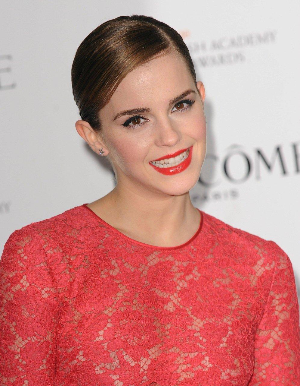 Emma Watson Nude Photos 43