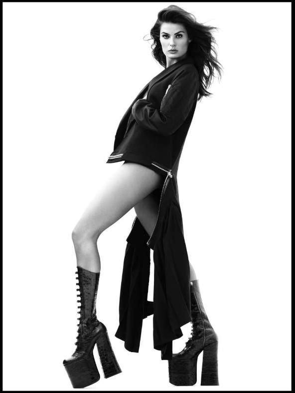 Isabeli Fontana Nude (7 Photos)