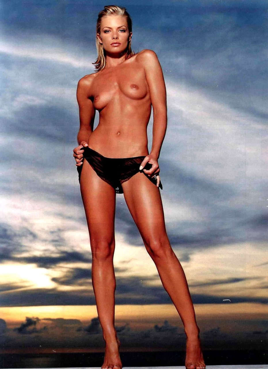 Lying jaimie pressly in nude photos
