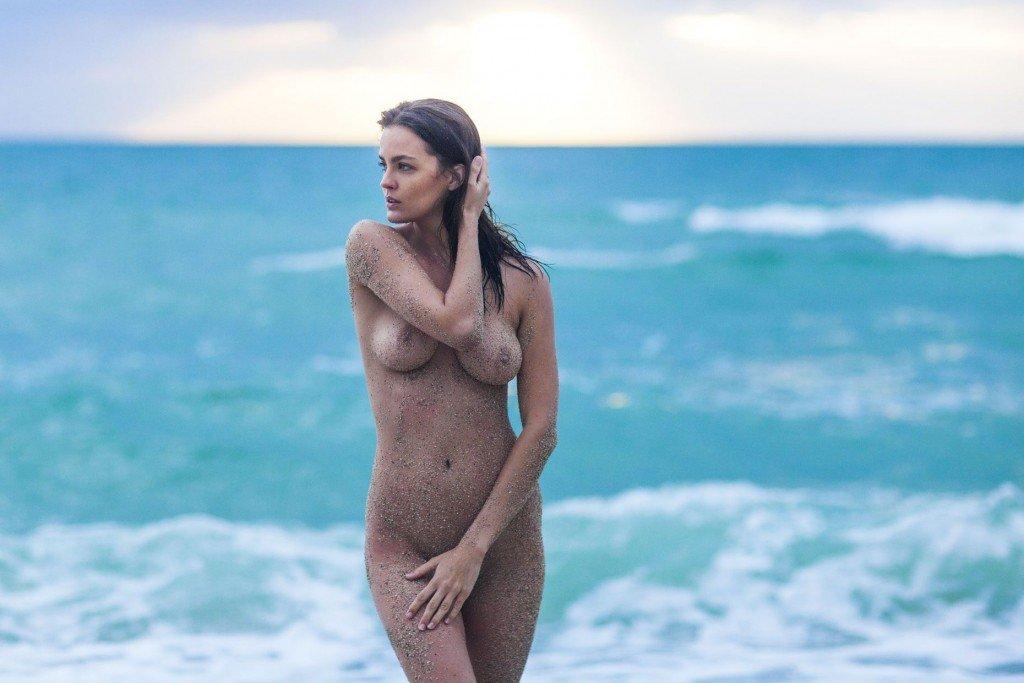 Katelyn Pascavis Nude & Sexy 4
