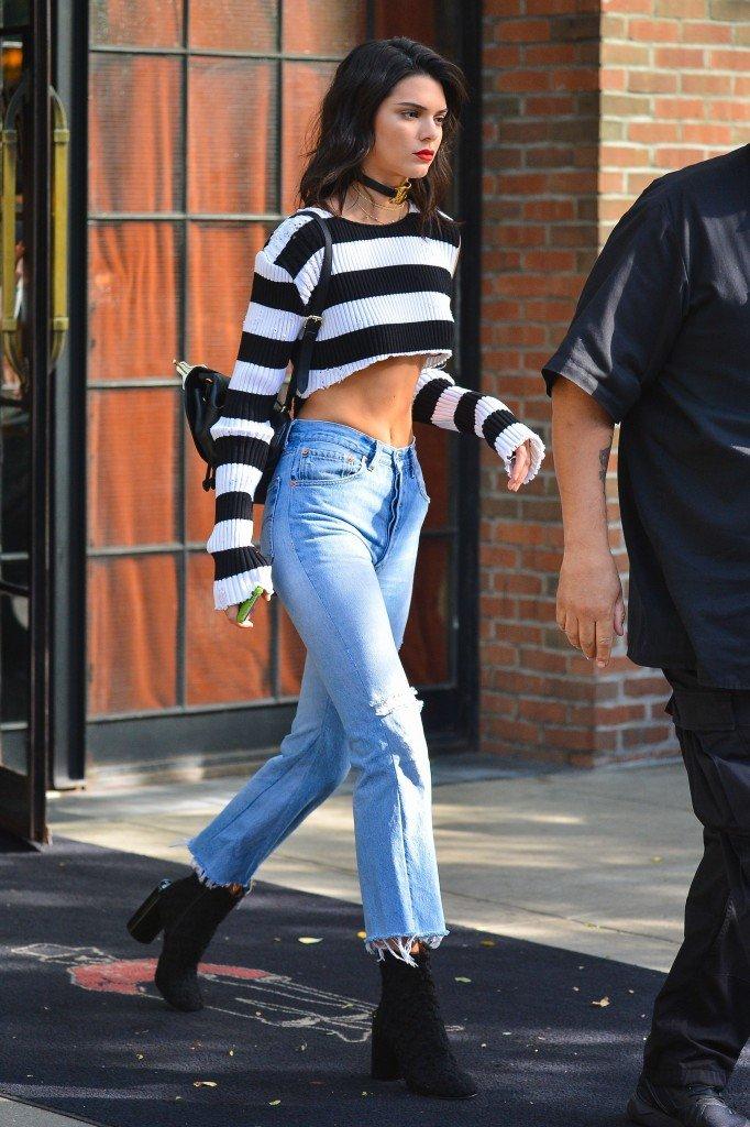 Kendall Jenner Sexy (15 Photos)