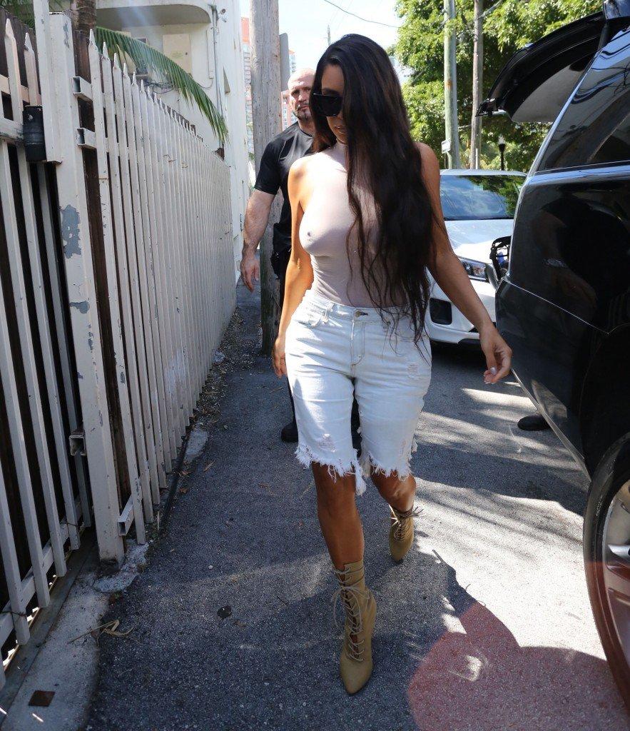 Kim Kardashian See Through 112