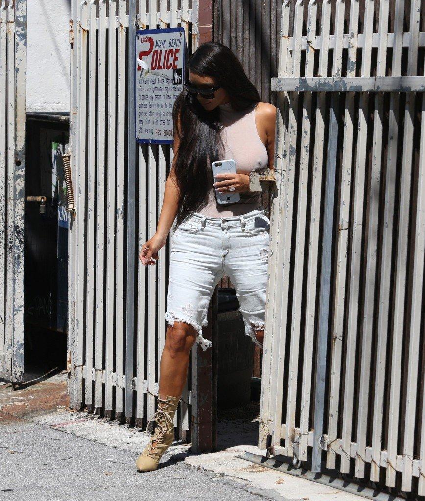 Kim Kardashian See Through 115