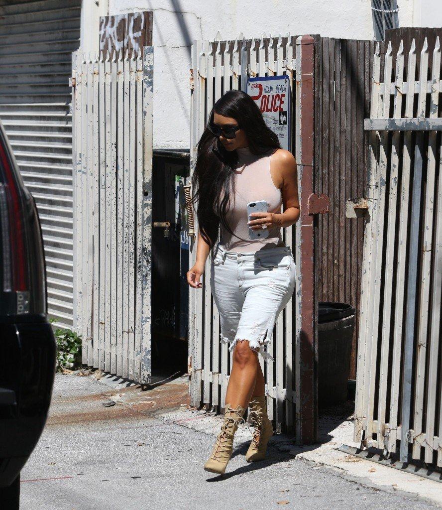 Kim Kardashian See Through 118