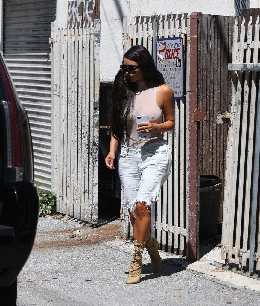 Kim Kardashian See Through 119