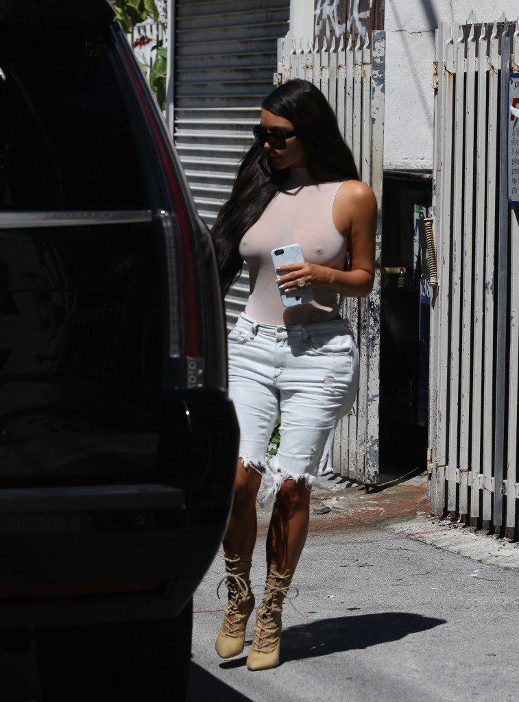 Kim Kardashian See Through 126
