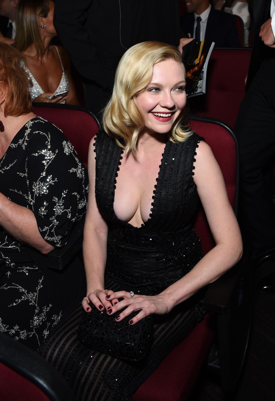 Naked pictures of kirsten dunst picture 13