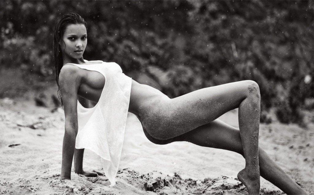 Lais Ribeiro Topless (10 Photos)