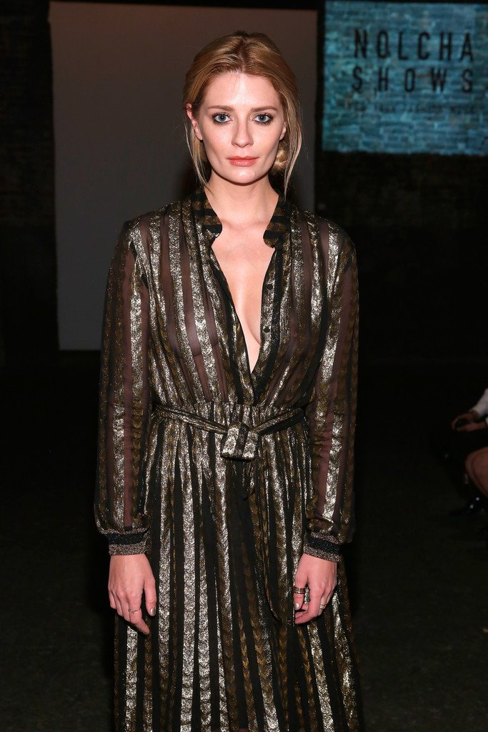 Mischa Barton Braless (14 Photos) | #TheFappening
