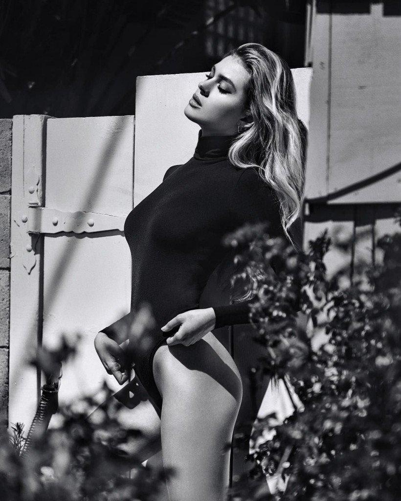 Nicola Peltz Sexy 2