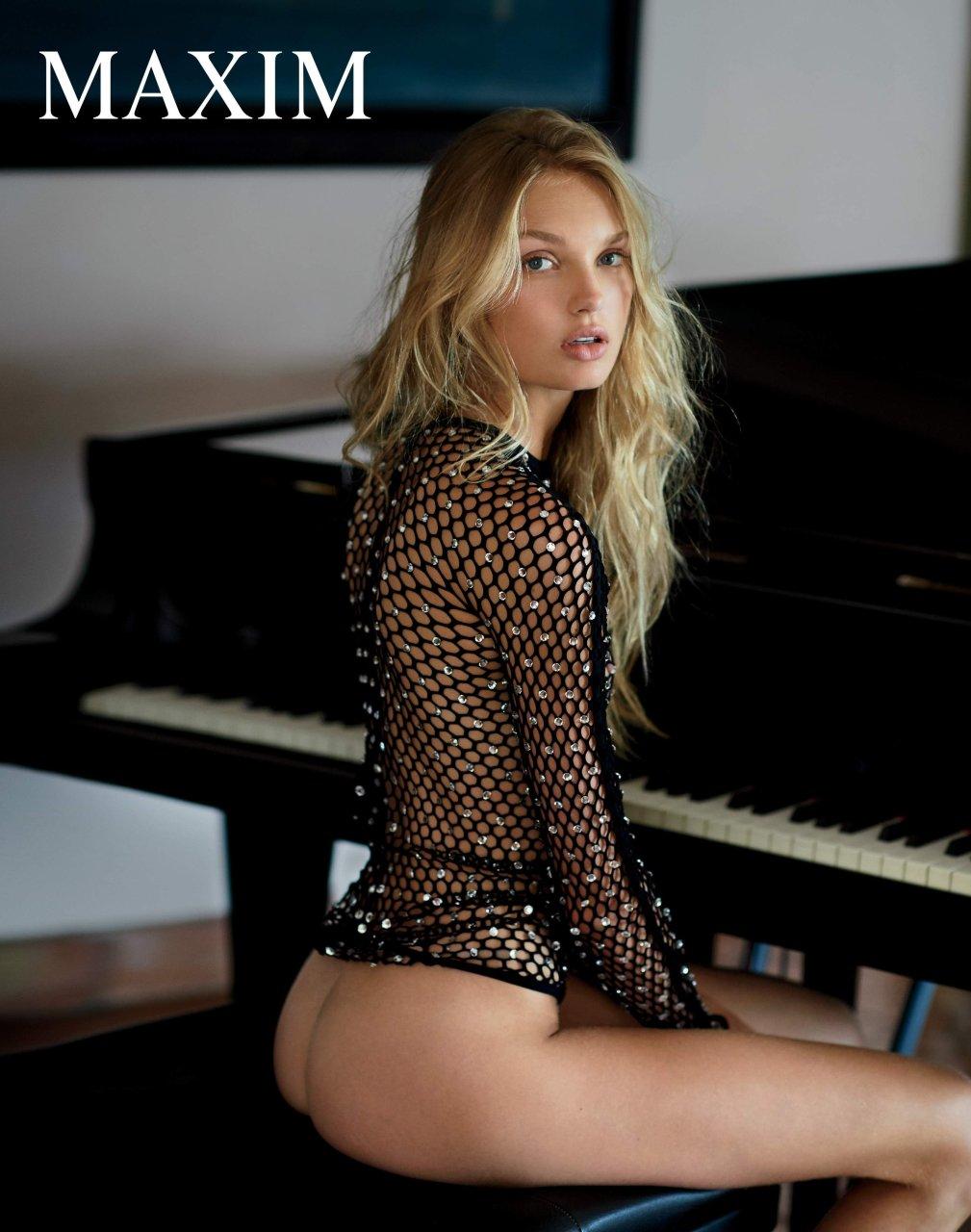 rihana nude sex