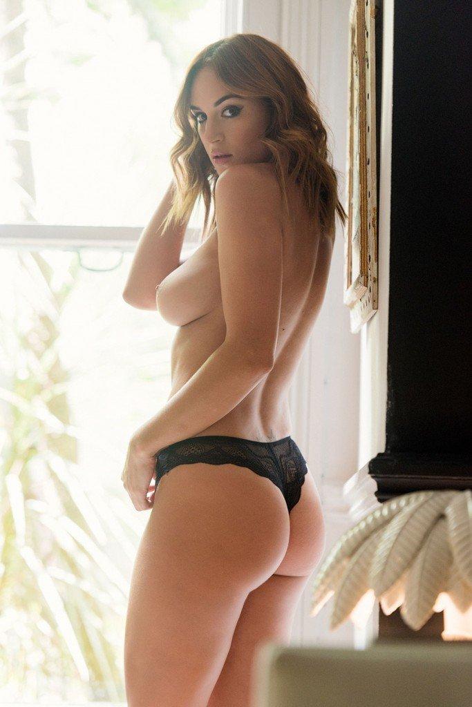 Rosie Jones Sexy 1