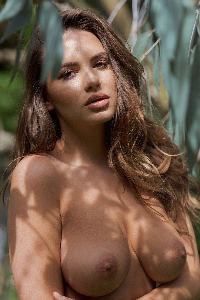 Nackt Monica Hahn  Monica Hahn