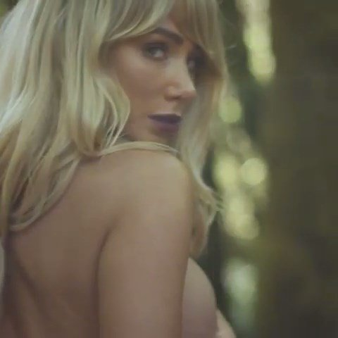 Sara Jean Underwood Topless Scr 5