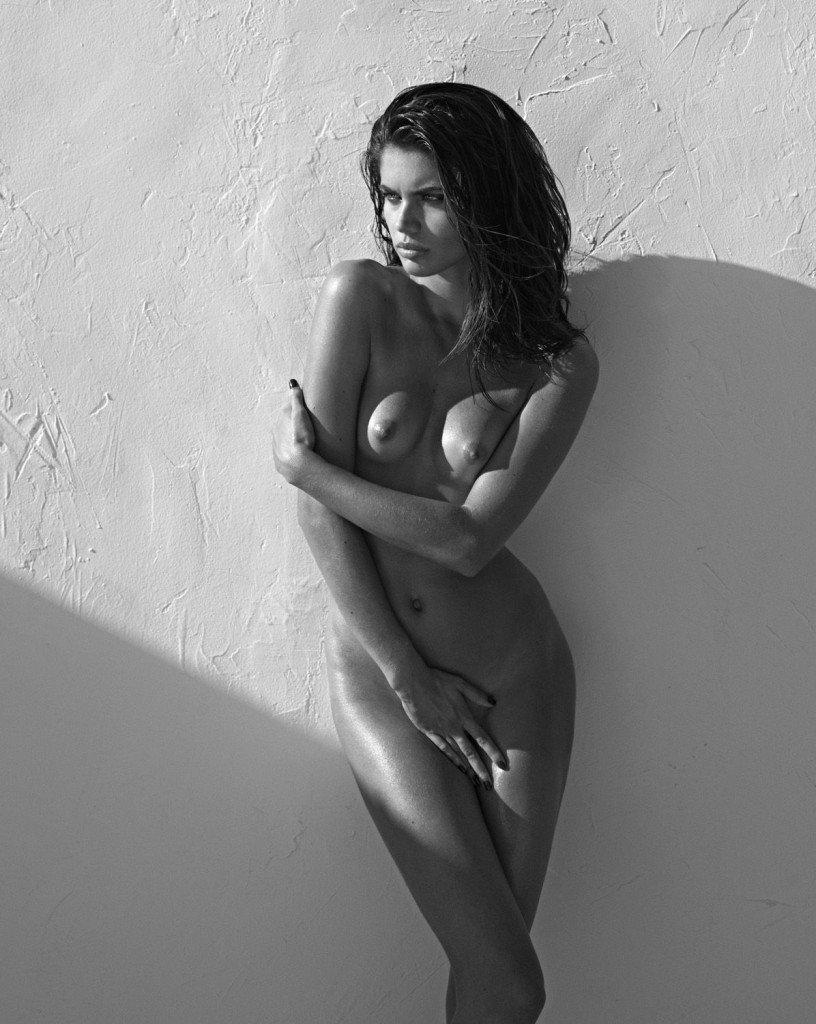 Sara Sampaio Nude 1