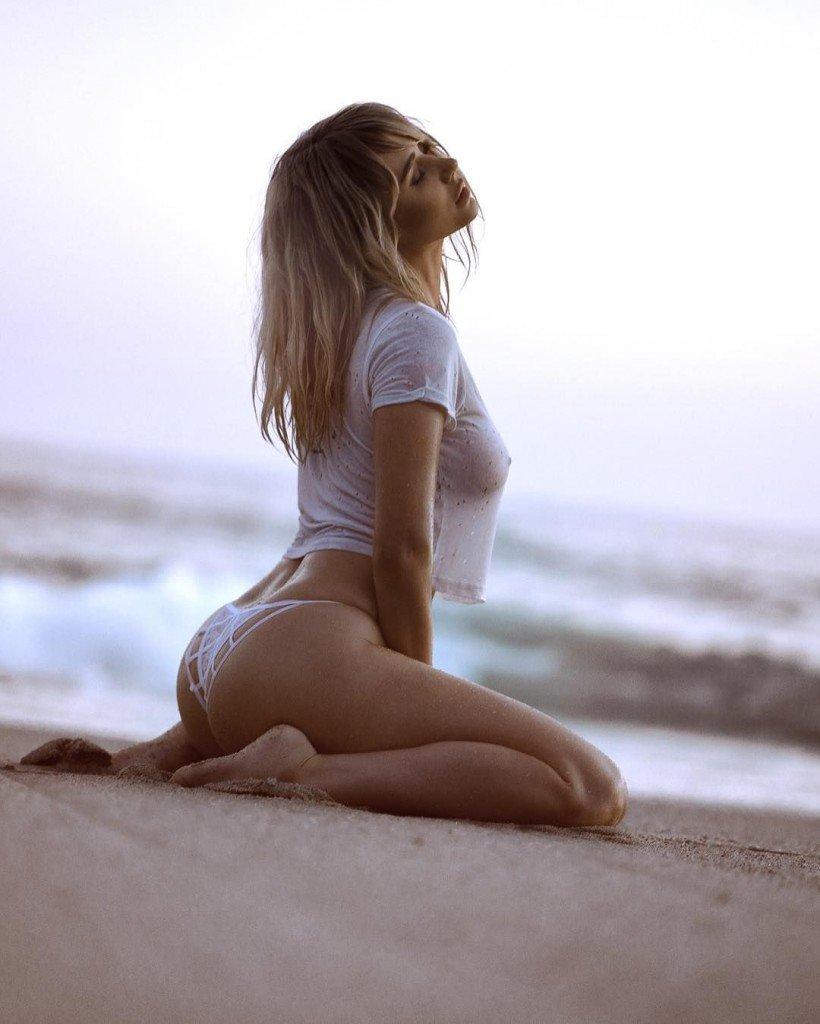 Sara Underwood Sexy (19 Photos + 4 Videos)