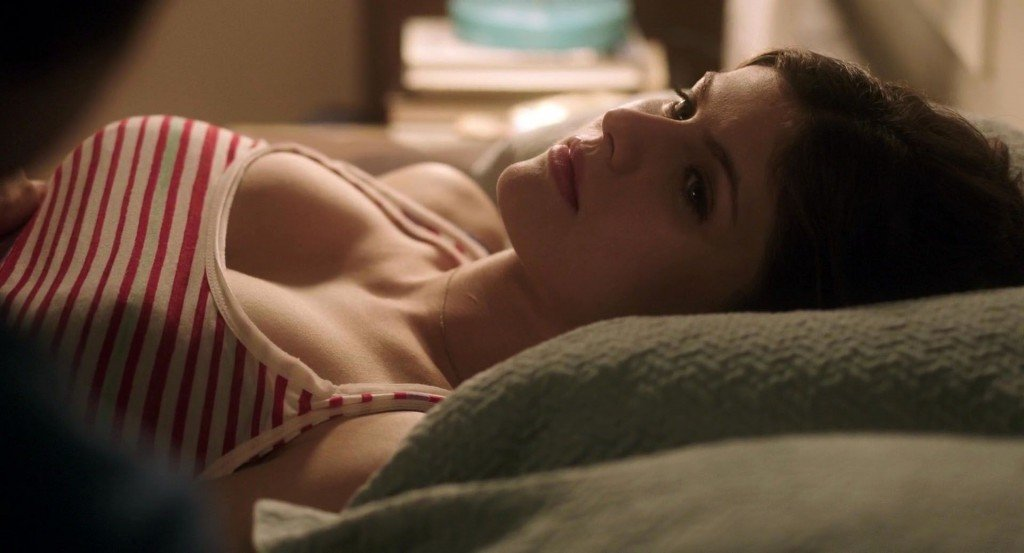 Alexandra Daddario Nude 8