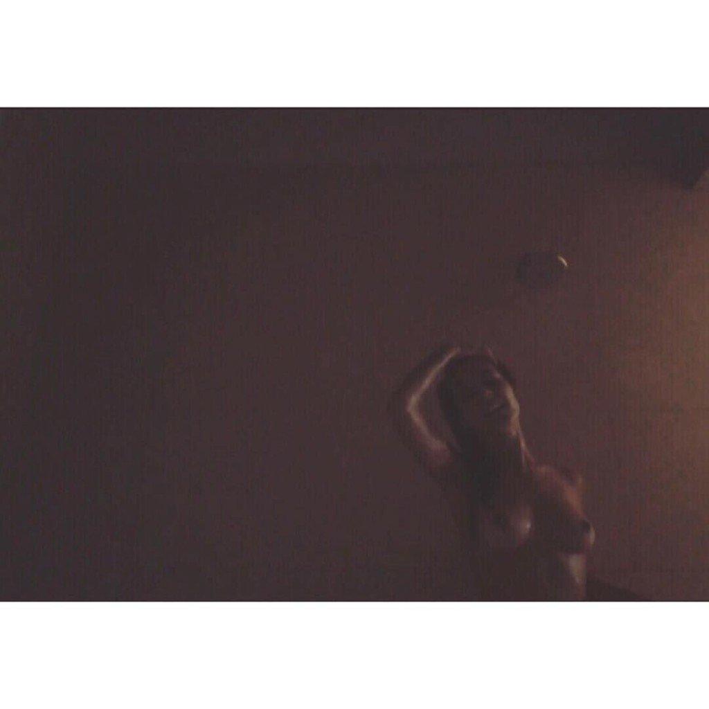 Caitlin Stasey Topless (3 Hot Photos)