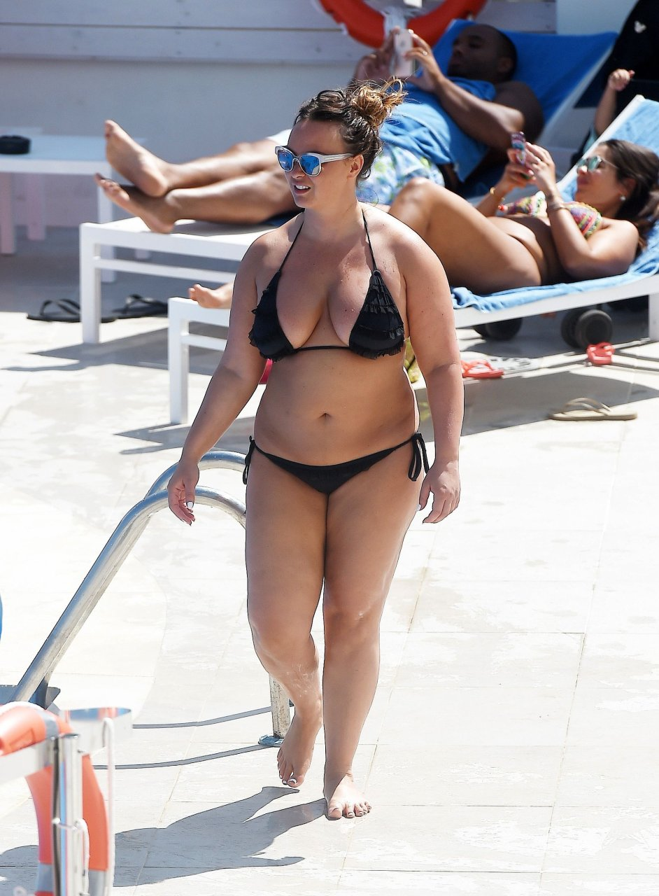 Chanelle Hayes in Bikini (15 Photos) | #TheFappening