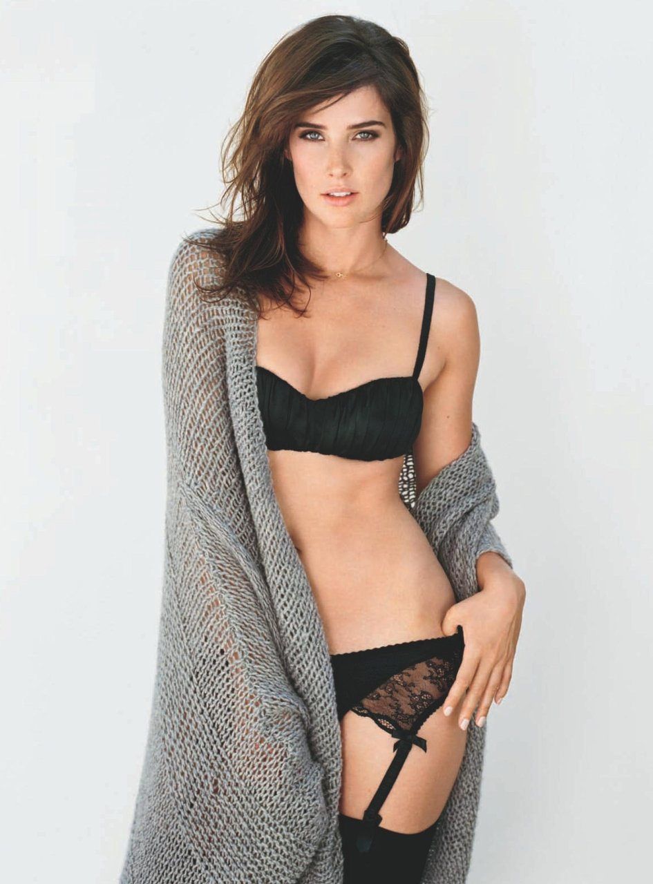 Naked fully cobie smulders