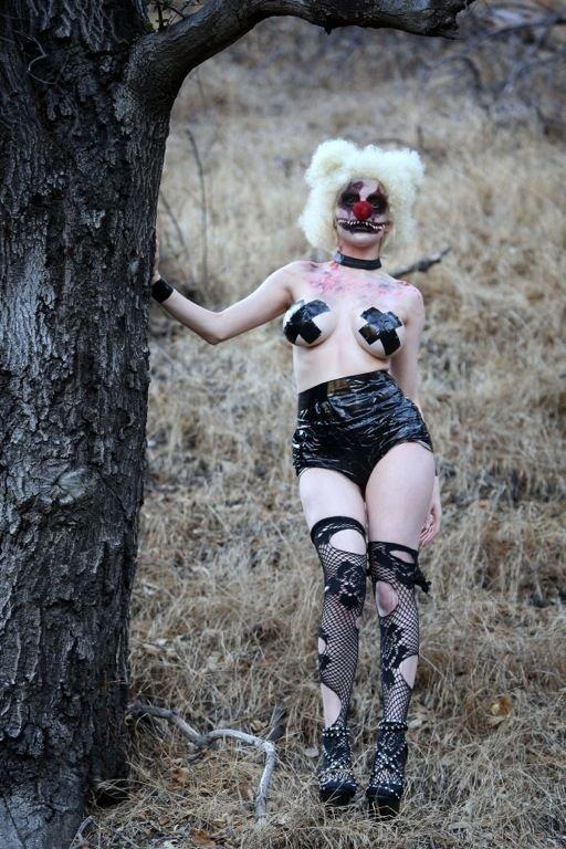 Courtney Stodden Topless (31 Photos)