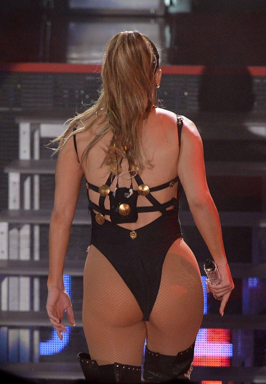 Superstar Jennifer Lopez Naked Bum Images