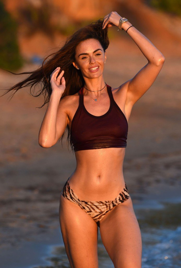 Hollyoaks Jennifer Metcalfe Responds To Leaked Naked Pictures
