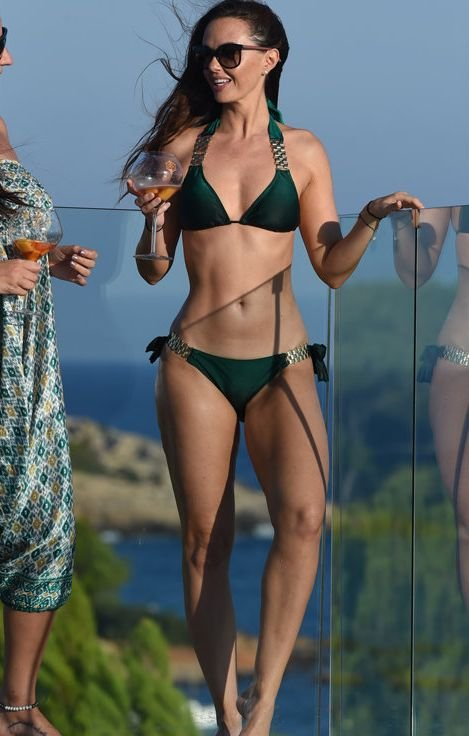 Jennifer Metcalfe Sexy New Pics 11
