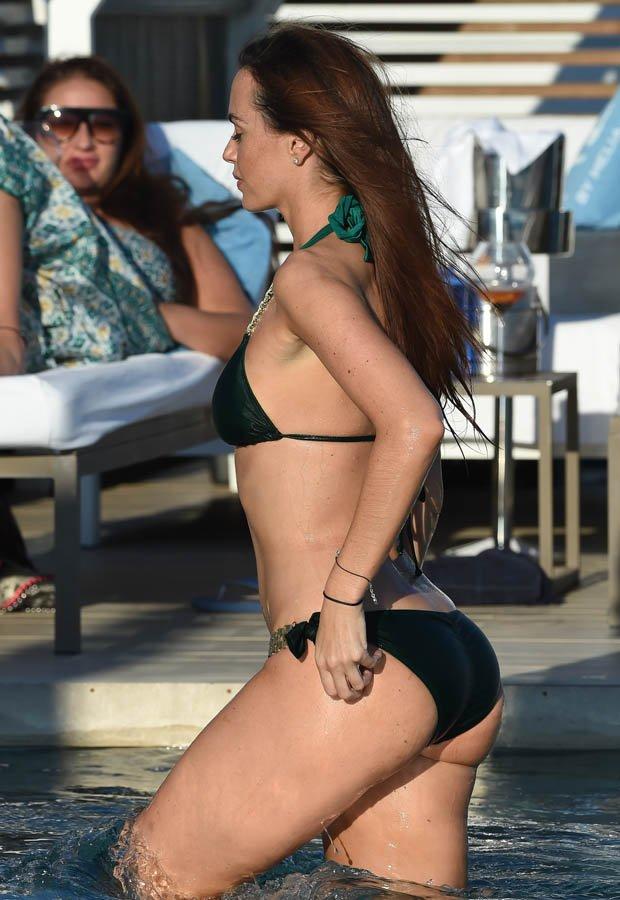 Jennifer Metcalfe Sexy New Pics 22