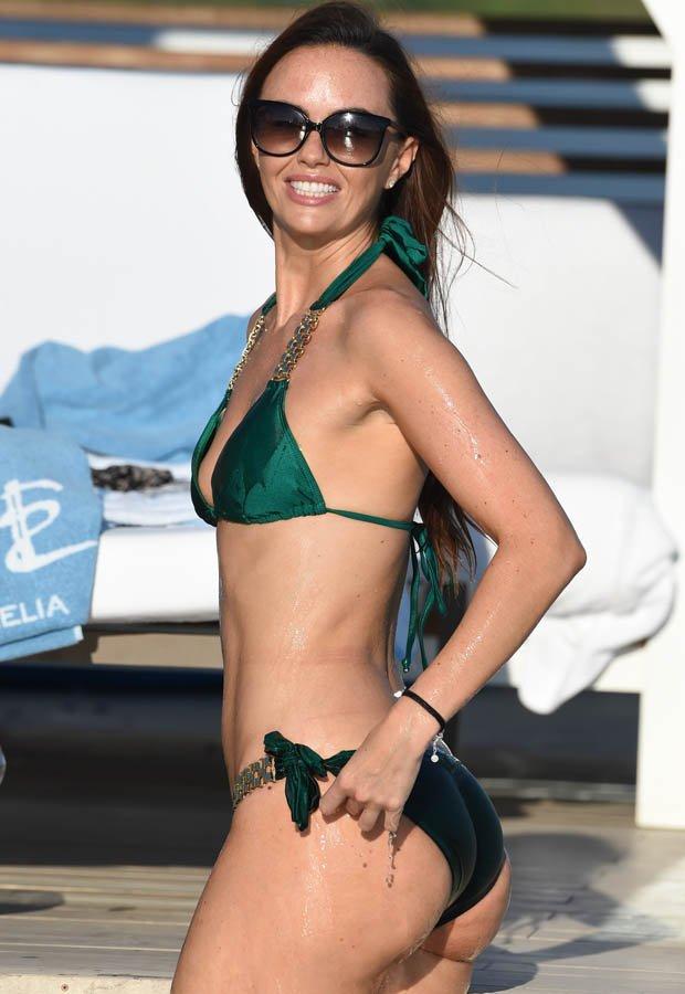 Jennifer Metcalfe Sexy New Pics 23