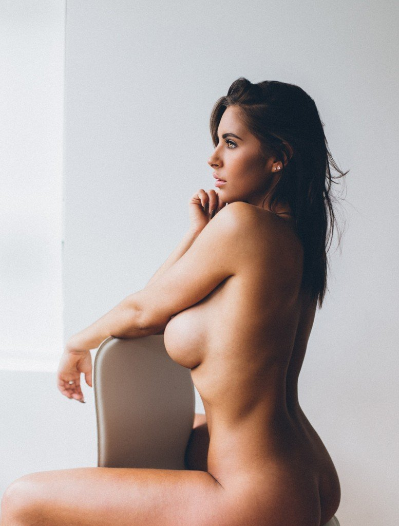 Jessica Rose Nude and Sexy 3