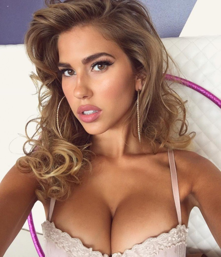 Girls having great sex