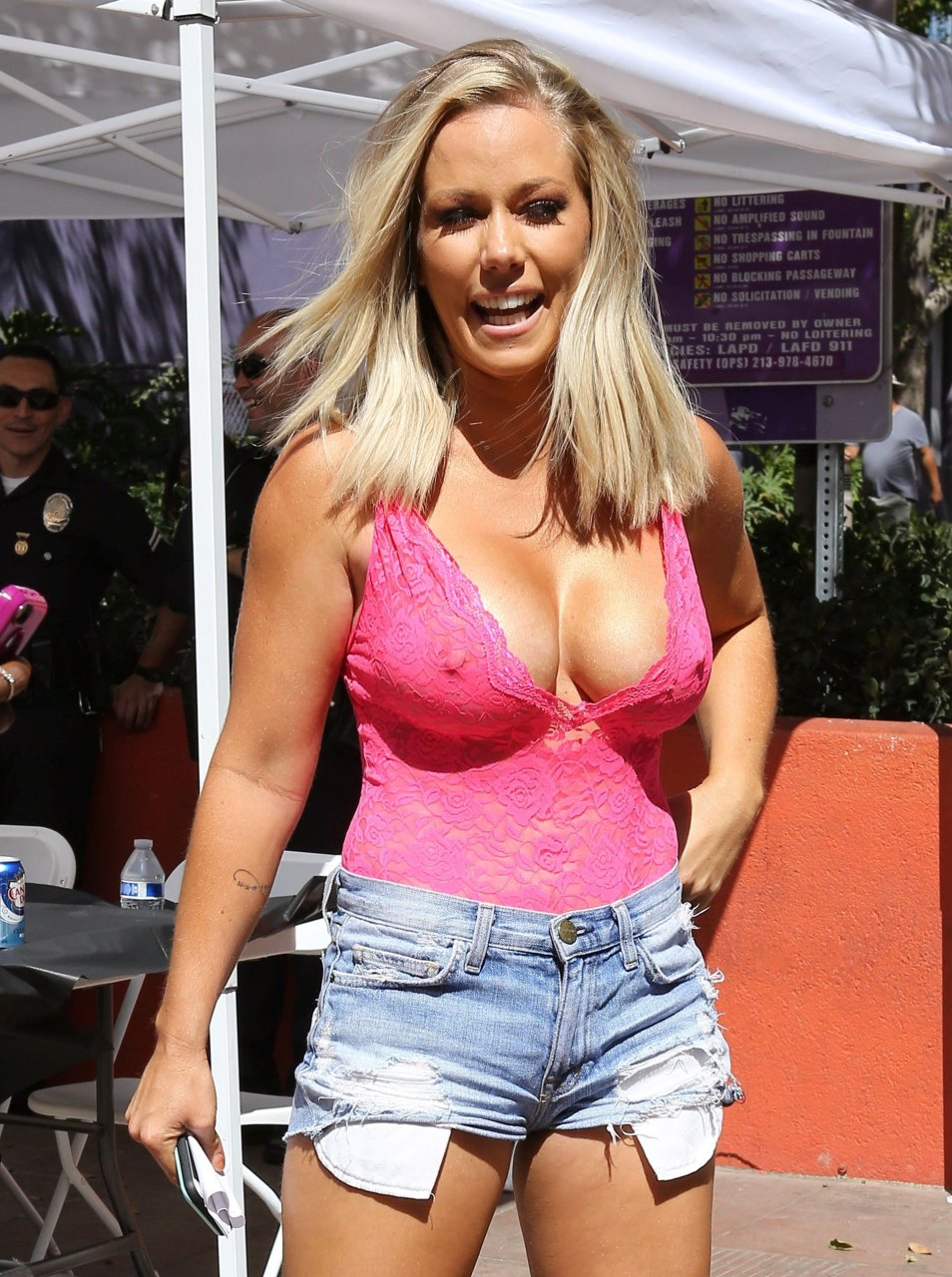 Seems excellent Kendra wilkinson dancing naked think, that