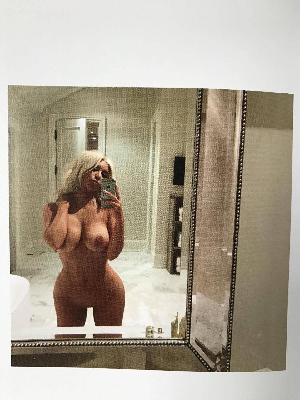 Kim kardashian nude selfies