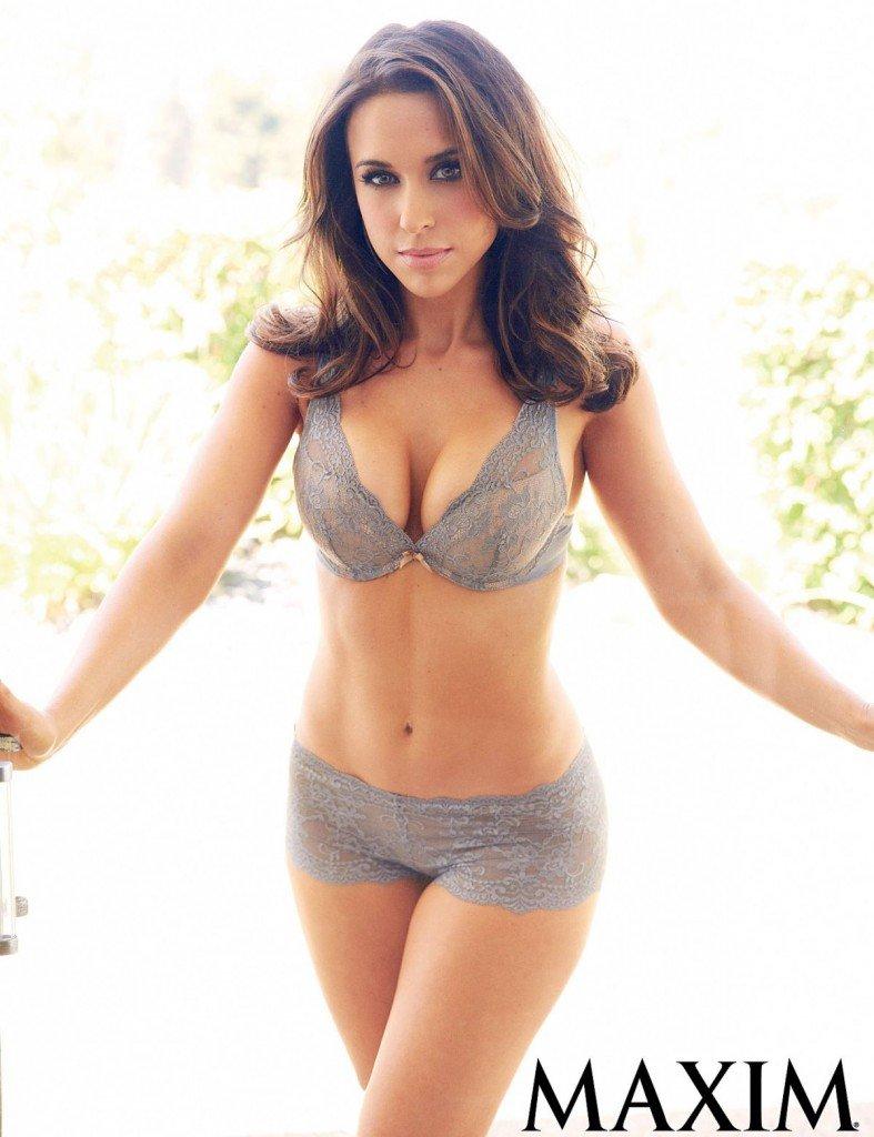 Lacey Chabert Sexy