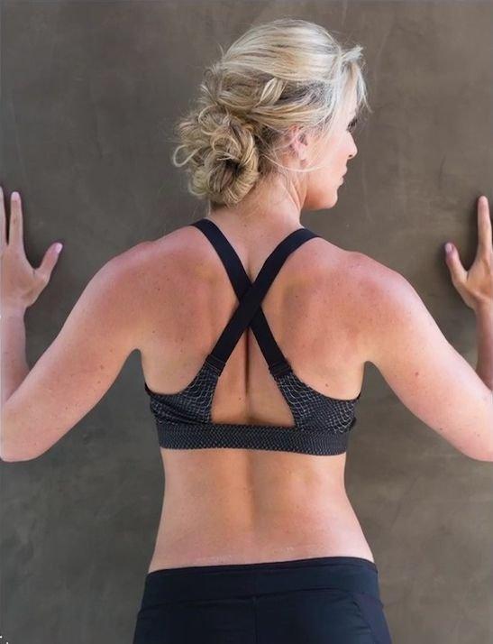 Lindsey Vonn Nude & Sexy 9