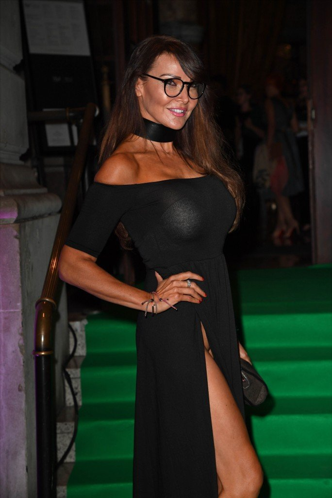 Lizzie Cundy Without Panties 14
