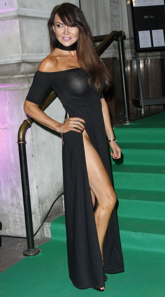 Lizzie Cundy Without Panties 2