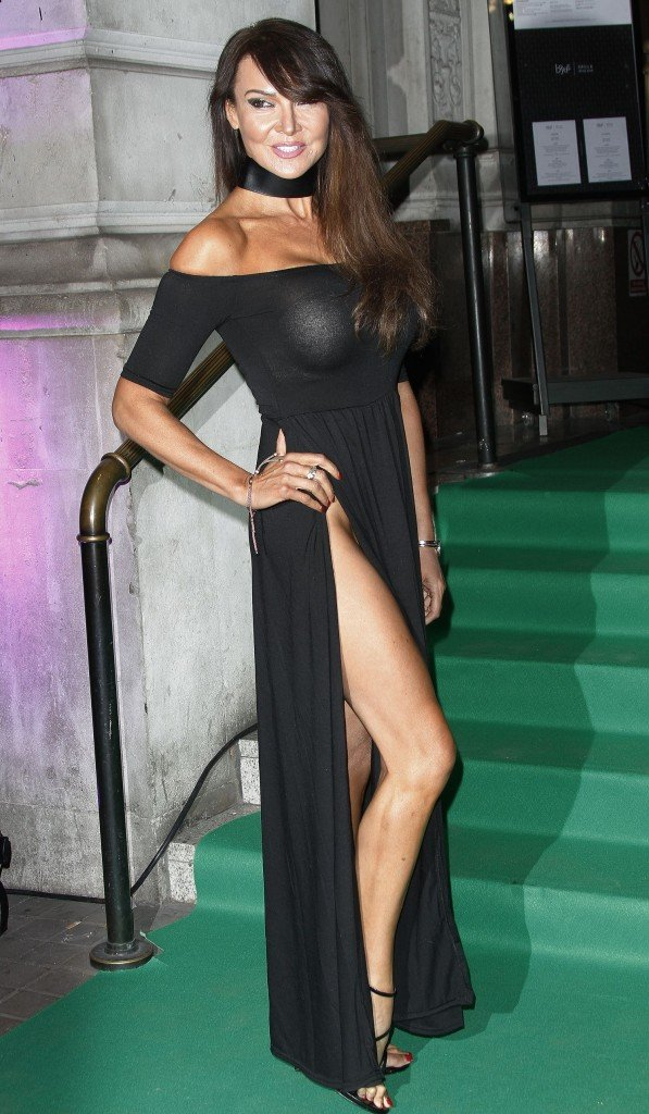 Lizzie Cundy Without Panties 21