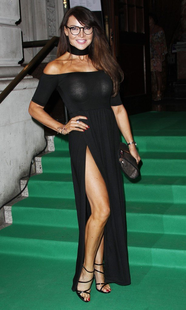 Lizzie Cundy Without Panties 3