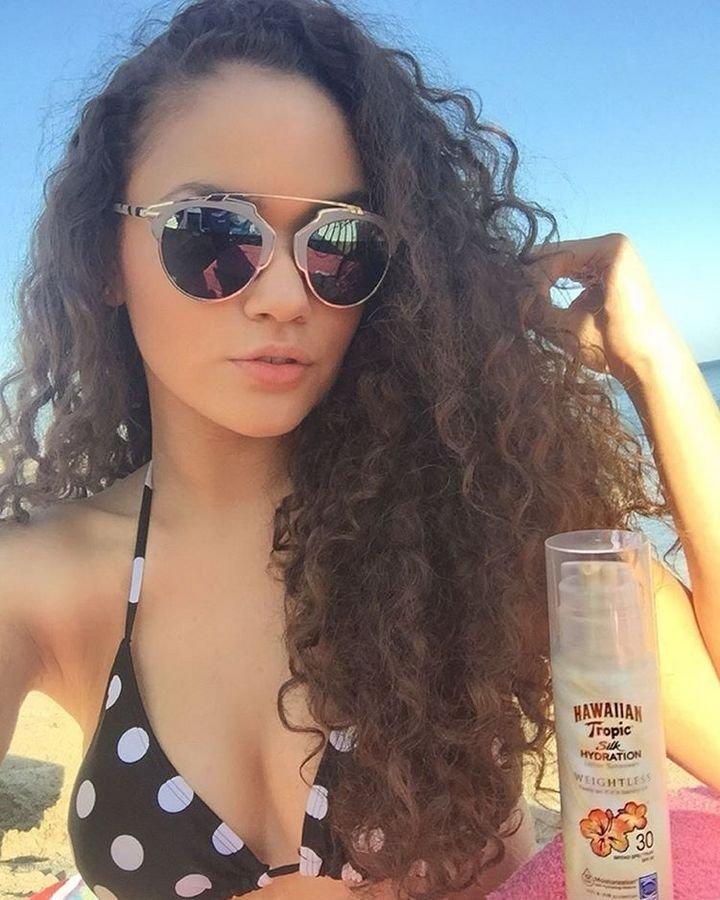 Madison Pettis Sexy (16 Photos)