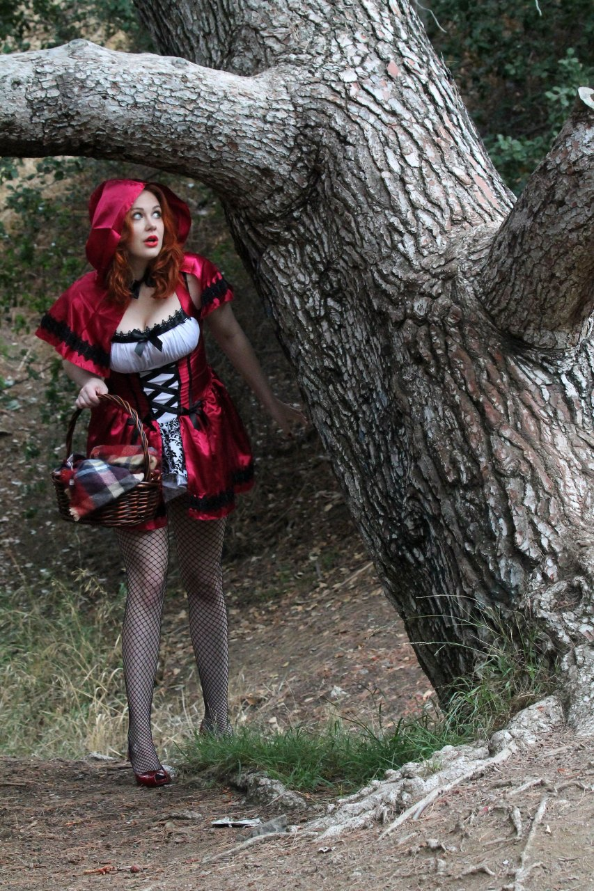 Little red riding hood amateur sex tape - 3 part 2