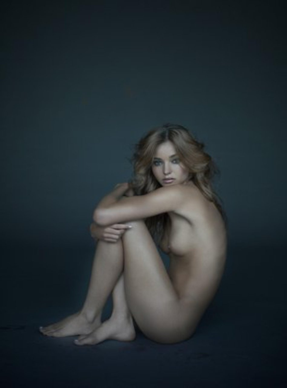Miranda Kerr Nude Uncensored