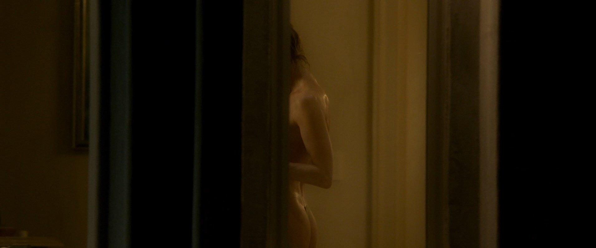 Zellweger Nude 21