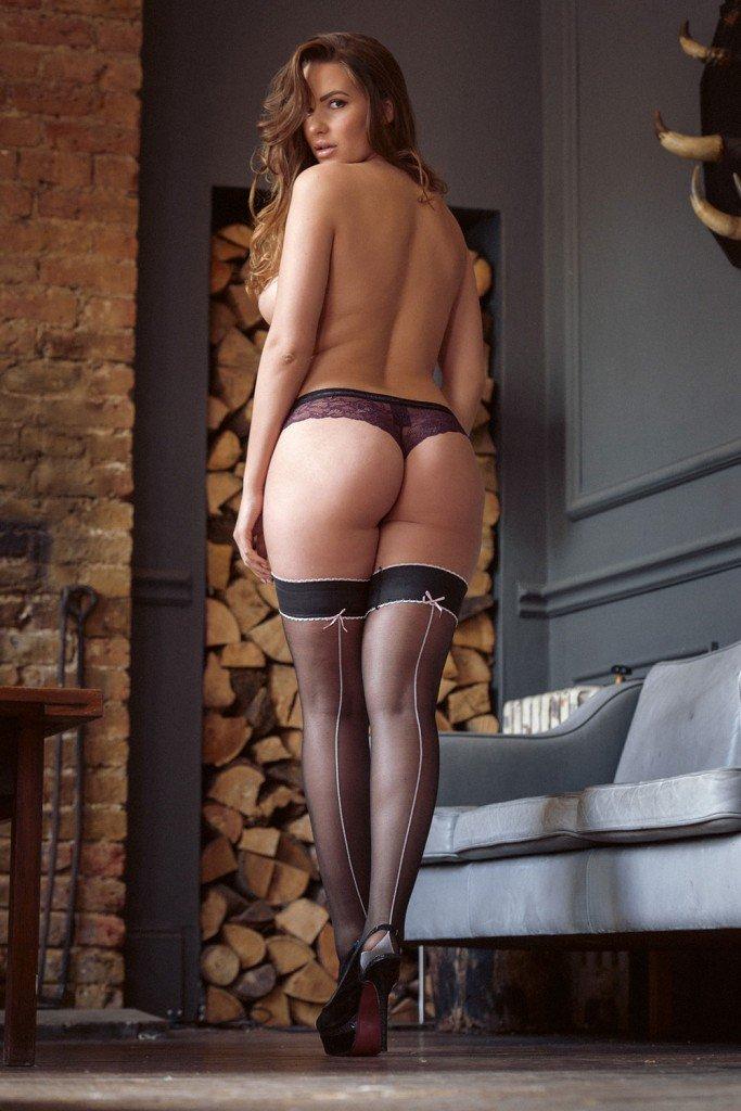 Sabine Jemeljanova Sexy and Topless (5 Photos)