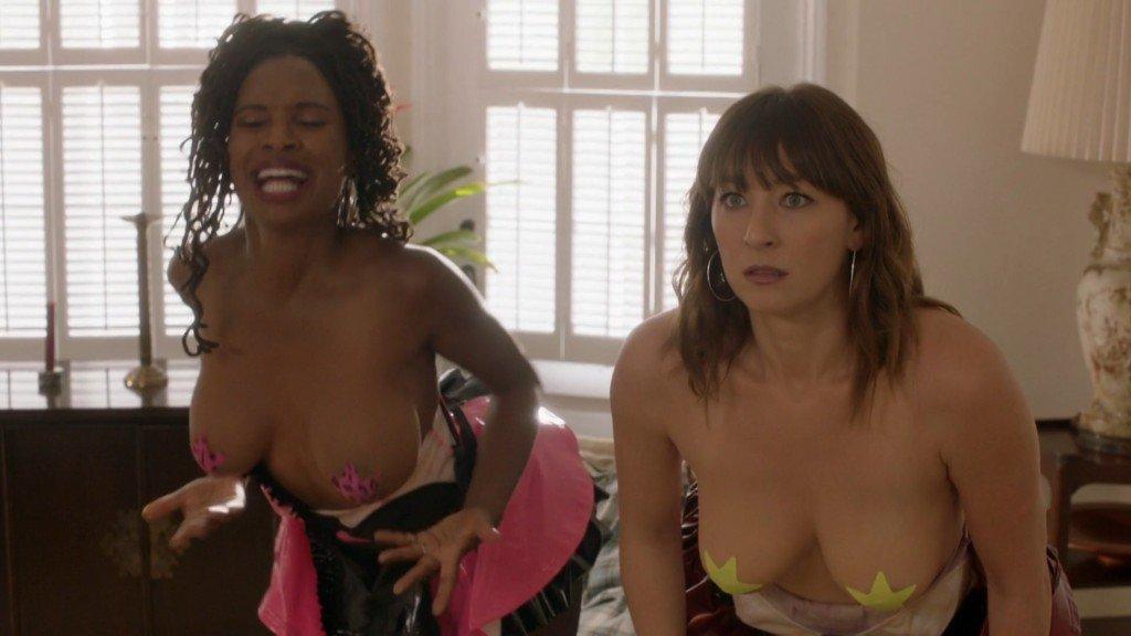 Shanola Hampton, Isidora Goreshter Nude – Shameless (2016) s07e03 – HD 1080p