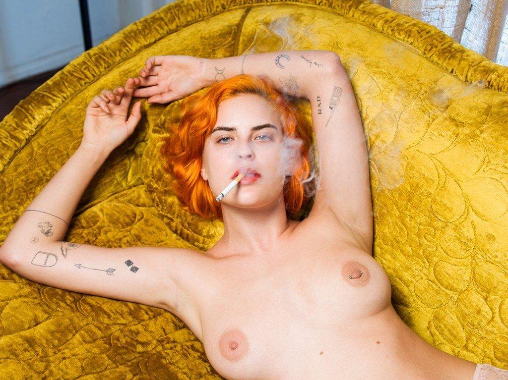 Tallulah Willis Topless (3 Photos)