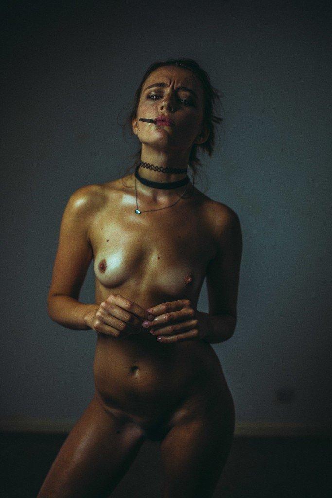 Tess Georgia Dimos Nude 10