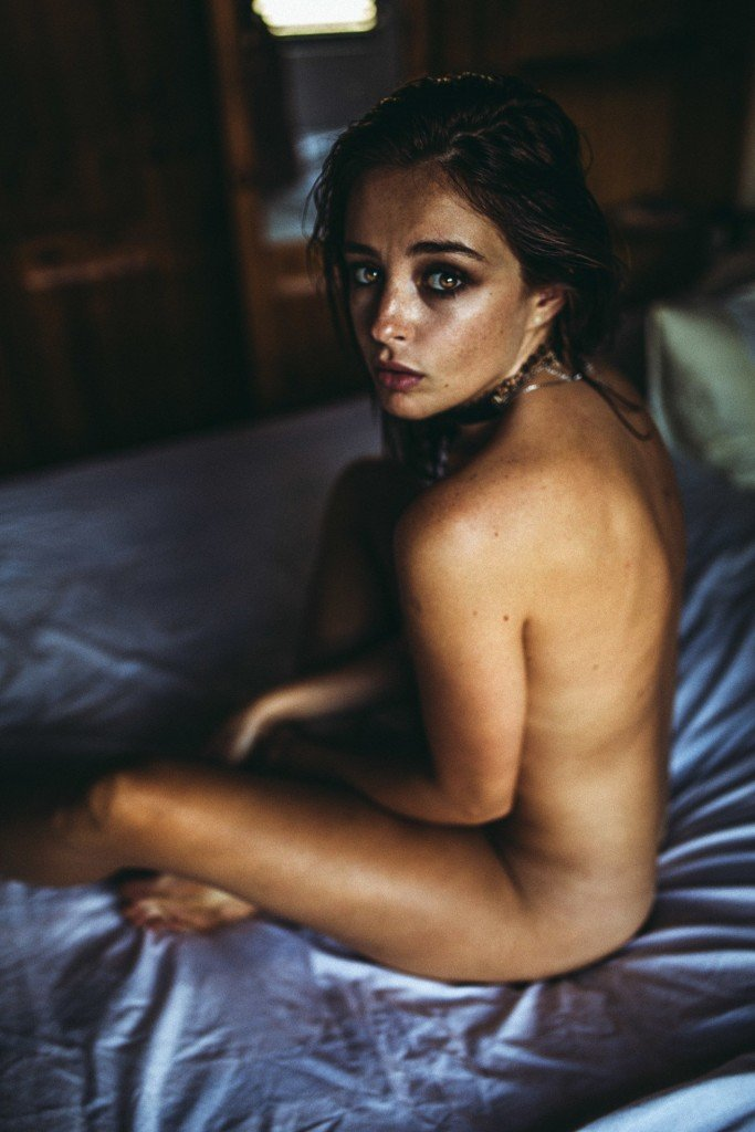 Tess Georgia Dimos Nude 11