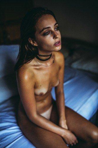 Tess Georgia Dimos Nude 23